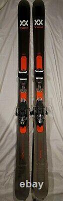 Volkl Mantra M5 184cm Skis Black/Red with bindings